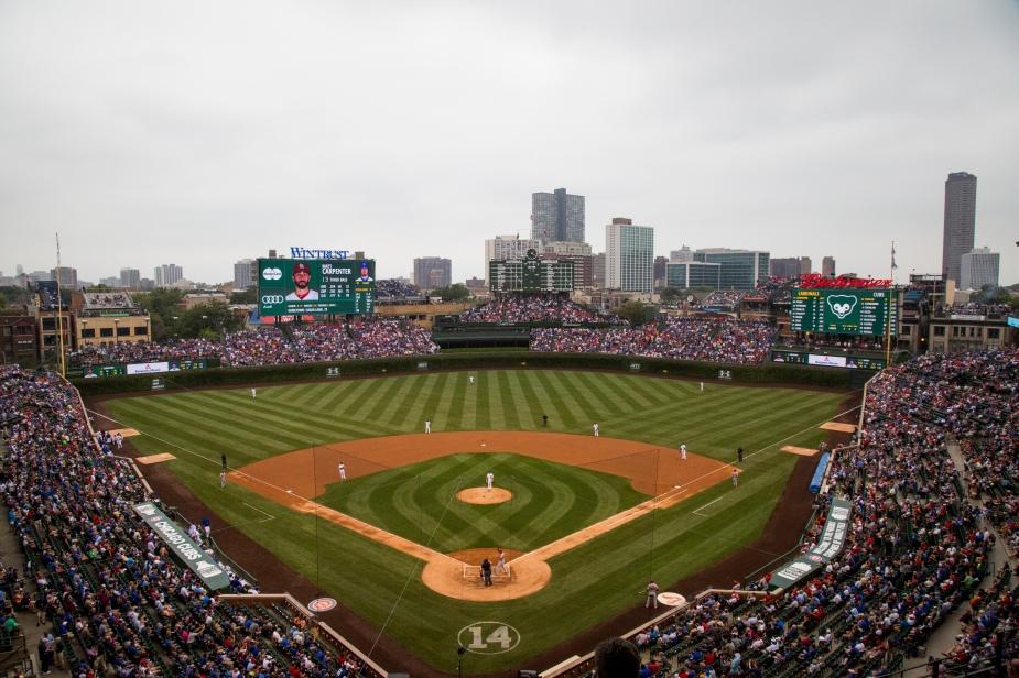 ChicagoCubs_WrigleyField_Panoramic_02