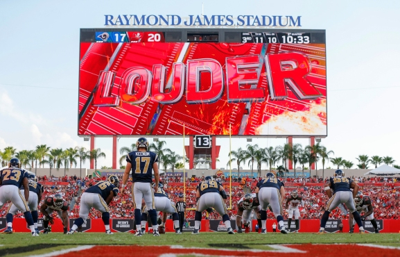 TAMPA, FL - SEPTEMBER 25: Scoreboard of the Tampa Bay Buccaneers during the game against the Los Angeles Rams at Raymond James Stadium on September 25, 2016, in Tampa, Florida. The Buccaneers lost 37-32. (photo by Mike Carlson/Tampa Bay Buccaneers)
