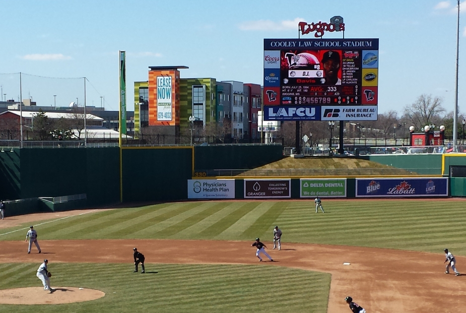 LansingLugnuts_Outfield_01
