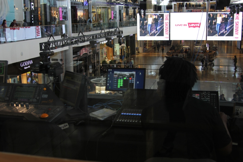 Fashion Show Mall_Las Vegas_NV_Indoor Control Room (3)
